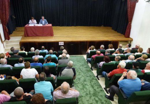 Teresa Villaverde propón acometer unha parcelaria na parroquia de Lousame para aproveitar a riqueza forestal do municipio