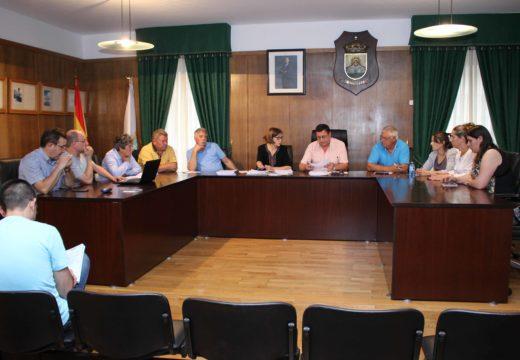O Pleno aproba por unanimidade a ordenanza reguladora das axudas de emerxencia social do Concello de Boqueixón