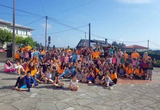 Máis dun cento de rapaces e rapazas de Boqueixón participan no programa de conciliación Verán Activo