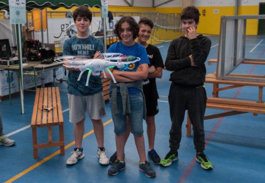 A Aula CeMIT ofrecerá en setembro un obradoiro de montaxe e manexo de drons para a rapazada