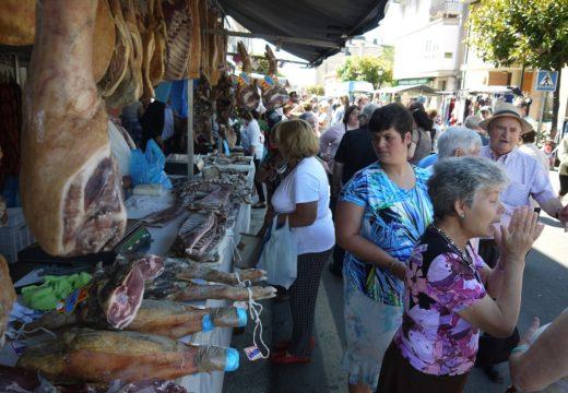 Touro celebra o próximo domingo, 5 de agosto, a súa tradicional 'Feira dos Emigrantes'