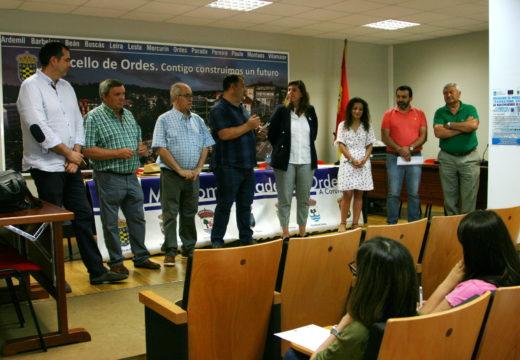 Encontro entre a directora xeral de Xuventude, Participación e Voluntariado e os bolseiros de Galeuropa