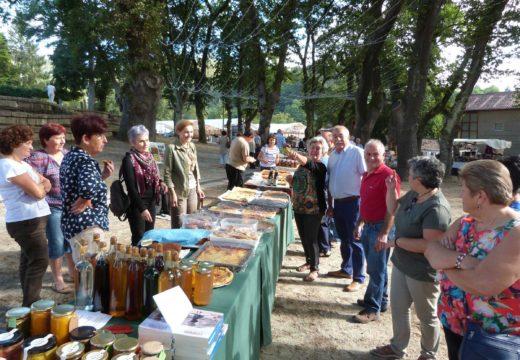 Gran éxito de participación na primeira edición da Feira Labrega de Brión