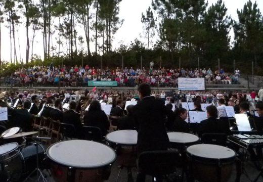 Máis de 500 persoas participaron na homenaxe a Prudencio Romo do Concello de Lousame
