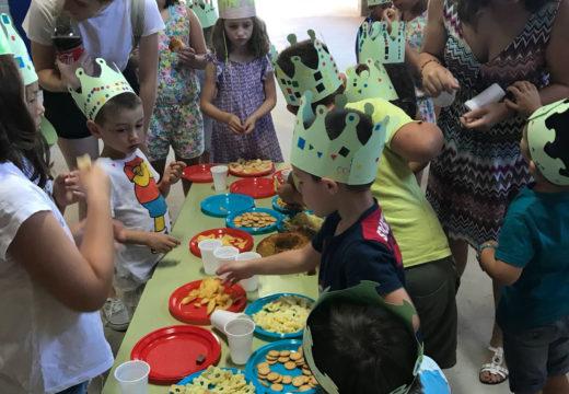 Os 40 nenos e nenas do Lousame Concilia participan nunha gran festa de fin de curso con música, lambonadas e obradoiros