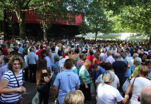 A Romaría das Virtudes reúne a máis de 5.000 persoas de toda a provincia en Vitre (Frades)