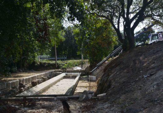 A rehabilitación do Lavadoiro de Artes afronta unha nova fase coa recuperación das antigas bancadas de pedra