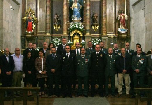 A Garda Civil e o corpo de Correos de Ordes honran á súa patroa