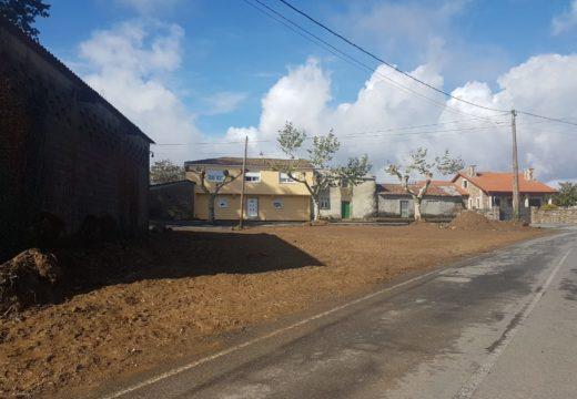 O Concello de Ordes inviste 14.000 € nun novo aparcadoiro na igrexa de Parada e no arranxo da rúa Mirón