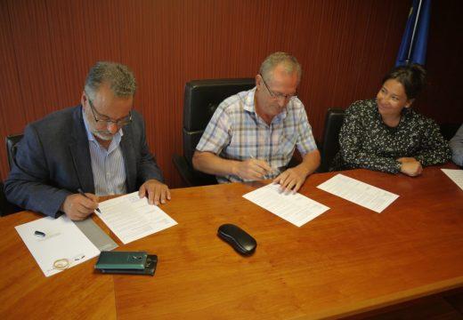 O Concello de Touro suscribe a recepción do Parque Empresarial de Touro