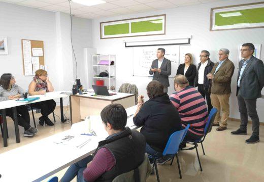 Arredor de 360 desempregados ampliarán as súas expectativas laborais grazas aos cursos de formación na comarca do Barbanza