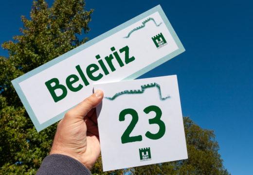 Máis de 200 persoas solicitaron xa en Moeche o azulexo para numerar a súa vivenda