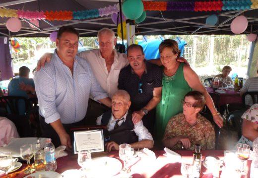 O Concello de Frades homenaxea a Ramiro López Cotón no seu 101 cumpreanos