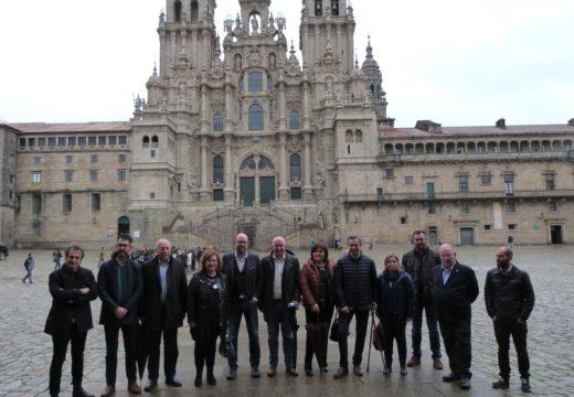 Os alcaldes promotores do Camiño a Santiago pola Ría de Muros-Noia márcanse o obxectivo de telo oficializado como ruta xacobea no 2021