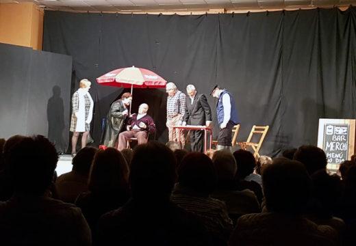 Boqueixón pecha o seu Ciclo de Teatro de Outono con preto de 200 persoas