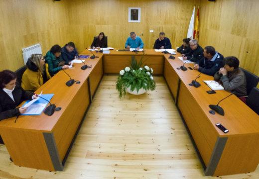 O pleno de San Sadurniño ratifica o seu apoio aos «19 de Meirás»