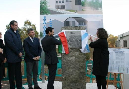 O Concello de Ordes coloca a primeira pedra do centro sociocomunitario Isabel Zendal