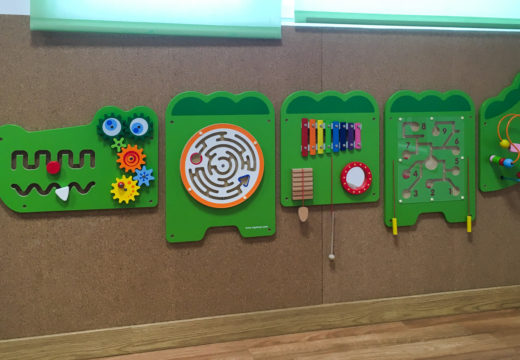 O Concello de San Sadurniño mellora o equipamento da EIM A Rolada e a accesibilidade dos xardíns municipais