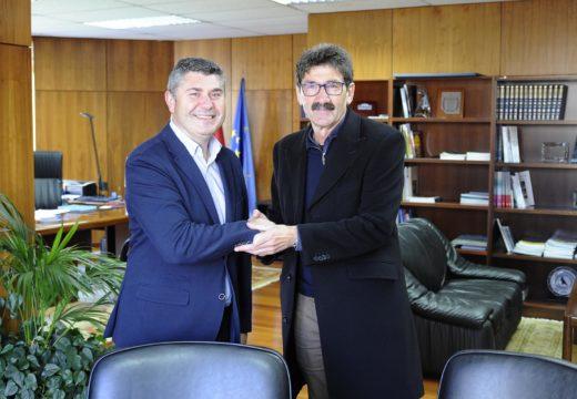 A Xunta inviste máis de 149.000 euros na recuperación da contorna da caseta de pescadores e piragüismo en Ponte Olveira con cargo ao Fondo de Compensación Ambiental