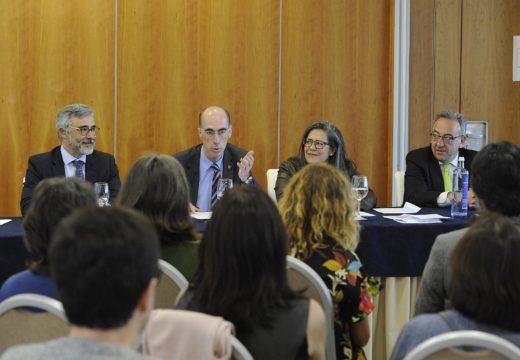 Almuiña agradece aos farmacéuticos de atención primaria a súa participación activa para o desenvolvemento do novo modelo deste nivel asistencial