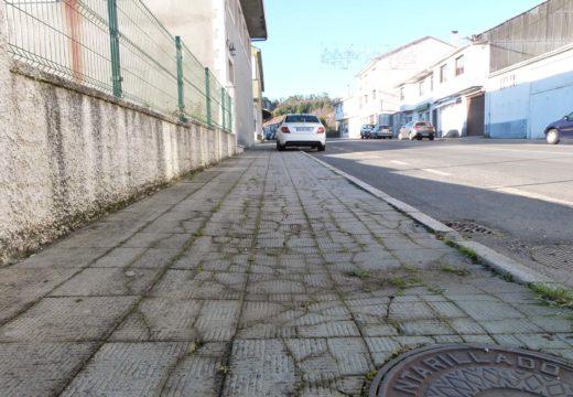 O Concello de Frades celebra a saída a licitación da mellora das beirarrúas de Ponte Carreira, a pesar do atraso acumulado