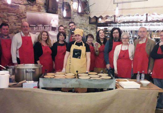 Exitosa xornada 'A Filloa de Lestedo na Galiciana' con arredor de 250 tapas de filloa repartidas entre o público asistente