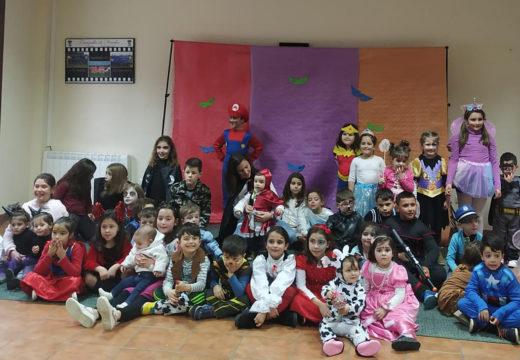 Oitenta veciños e veciñas participaron na Festa de Entroido do Concello de Frades