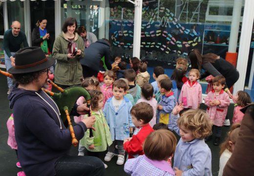 A gardería municipal de Brión celebra a Semana da Música con catro actuacións de familiares dos seus alumnos e alumnas