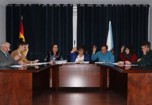 Unanimidade no Pleno de Lousame para aprobar melloras no parque infantil e na escola do Sanguiñal e na unitaria de Vilacova
