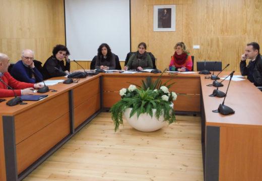 A Mesa interinstitucional contra a violencia de xénero de San Sadurniño preséntase publicamente este sábado con motivo do acto central do 8M