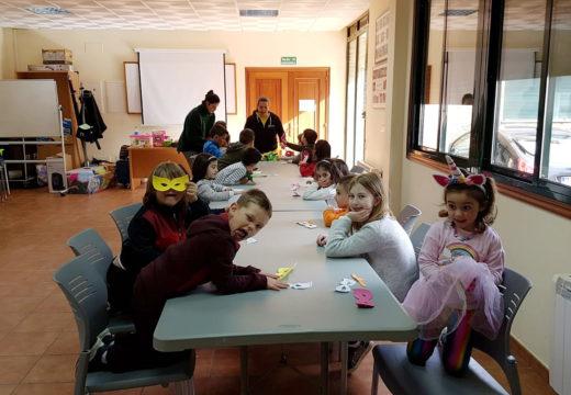 O Concello de Frades organiza do 15 ao 17 de abril un campamento de conciliación gratuíto para nenos e nenas de 4 a 12 anos