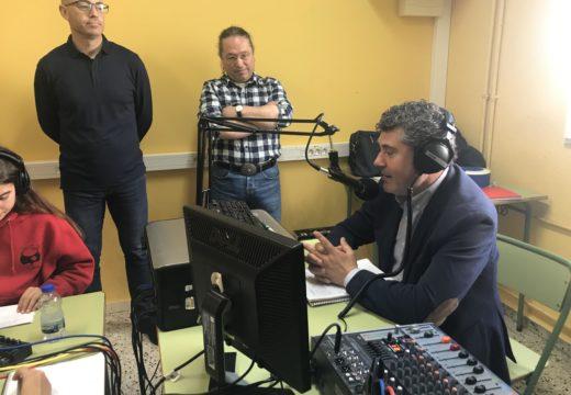 """Ovidio Rodeiro participa nun programa da """"Radio na Biblio"""" no CPI As Revoltas"""