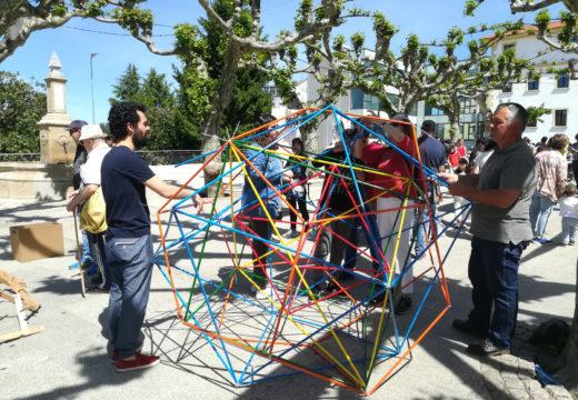 Centos de persoas participan na xornada matemática da alameda de Ordes