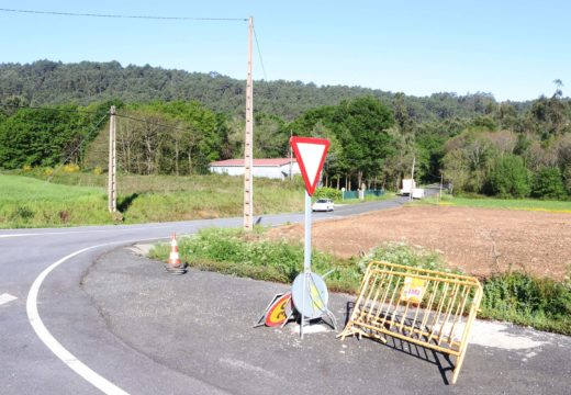 Comezan as obras de ampliación da ponte de Berrimes (Lousame)