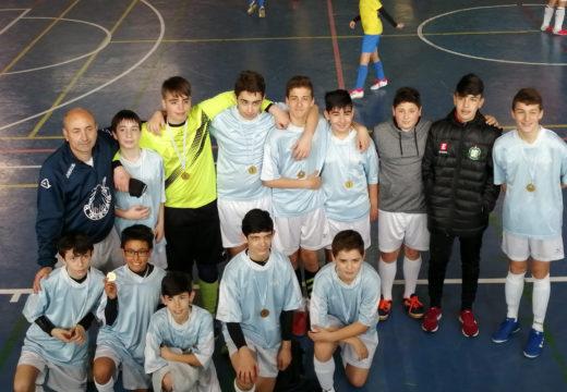 Os infantís das escolas deportivas municipais de Brión gañan o Campionato Intercomarcal da Liga de Fútbol Sala en Idade Escolar