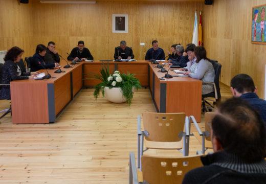A actual corporación de San Sadurniño despide o mandato cun pleno tranquilo presidido pola unanimidade