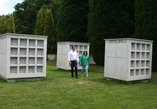 Novos columbarios no cemiterio do Valado
