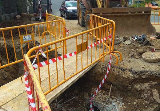 O Concello de Noia mellora os colectores de saneamento no cruce entre Devesa do Marqués e a pista de Corral de Ousoño