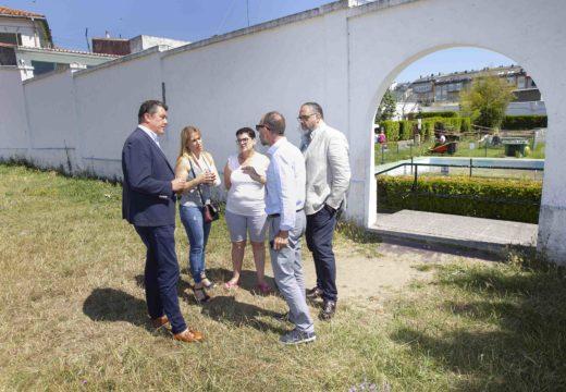 Deportes anuncia a integración das piscinas de Pedralonga na futura cidade deportiva