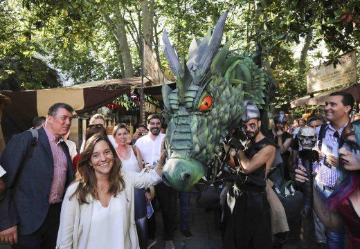 Inés Rey dá o pistoletazo de saída ás festas da cidade coa inauguración da Feira das Marabillas