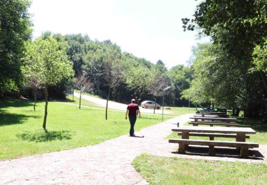 O Concello de Frades asfalta os accesos á área recreativa da Presa (Ledoira)