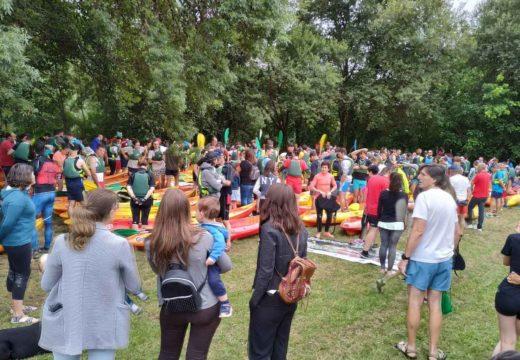 Máis de 250 persoas participaron na nova edición do Descenso do Ulla en Piraguas