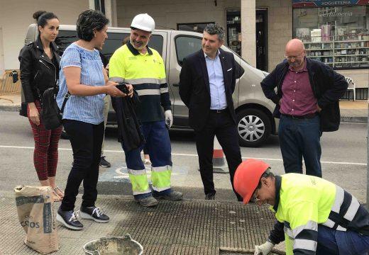 Ovidio Rodeiro visita o obradoiro de emprego de Rianxo que formou a 16 alumnos en pavimento e albanelería de urbanización