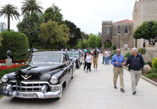 Gran éxito de participación e seguimento da primeira exposición de coches e motos antigas do Concello de Noia e Noia Histórica