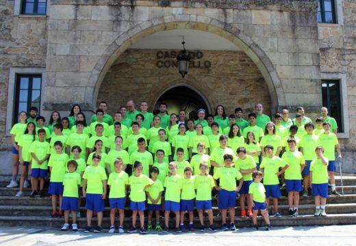 Recepción á cativada participante no XIV Campus José Ángel Antelo 'Vila de Noia'