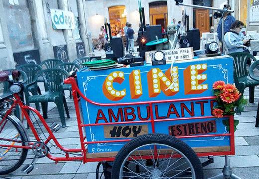 A Praza do Cantón de Noia acollerá mañá mércores a Cinecleta do Sr Lili, que proxectará varias películas antigas amateurs sobre Noia