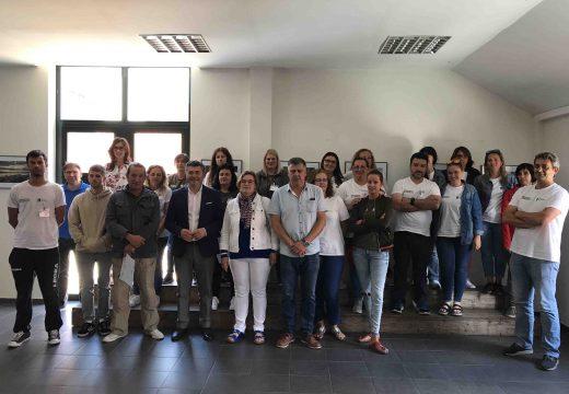 Ovidio Rodeiro clausura o obradoiro de emprego de Muros que formou a 20 alumnos en interpretación e educación ambiental e en atención sanitaria a domicilio