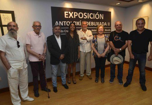 O Centro Cultural Lustres Rivas reúne corenta creacións de Xerardo Crusat, Xoán Fernández, Antonio Pérez e Maralla