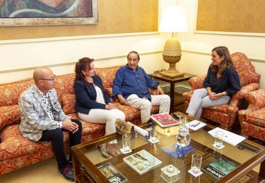 Inés Rey revisa coa Federación Provincial de Comercio as formas de colaboración para promover o pequeno comercio na cidade