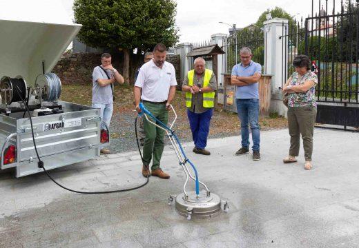 San Sadurniño e Moeche mercan unha hidrolimpadora de beirarrúas cunha axuda do Fondo Ambiental